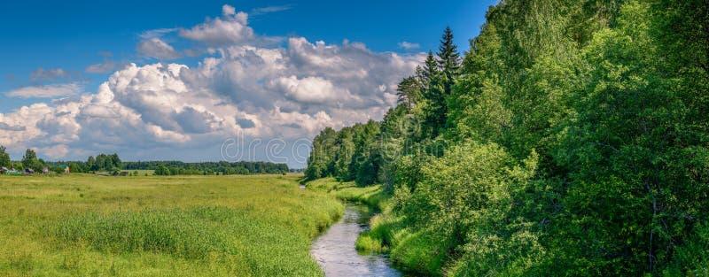 Лето fields панорама стоковые фото