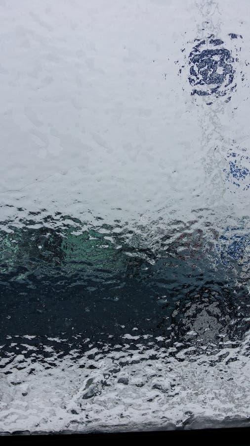 Лед на окне стоковые изображения
