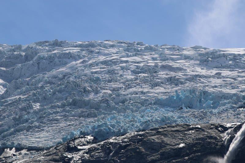 Ледник Kjenndalsbreen стоковые изображения