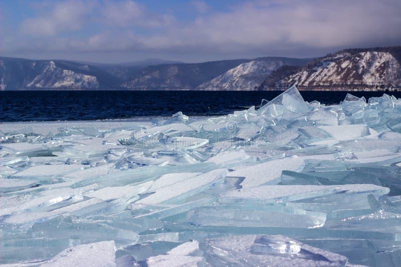 Лед-смещение на Lake Baikal стоковые фотографии rf