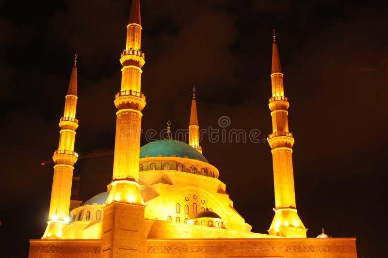 Ливан: Загоренная мечеть Amin al Mohammad Бейрута на ni стоковые изображения rf