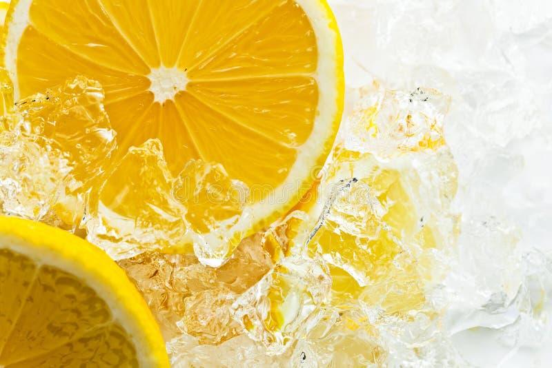 Лимон с льдом стоковые изображения rf