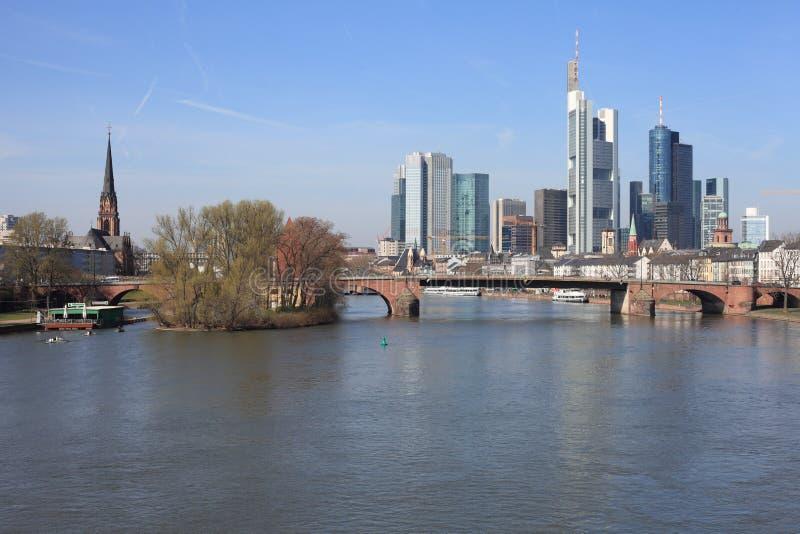 линия небо frankfurt стоковые фотографии rf