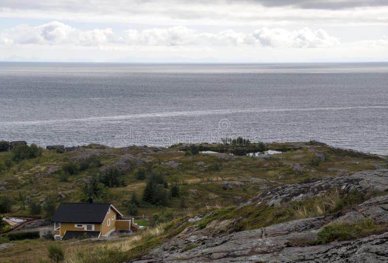 Линия побережья Норвегии стоковое фото