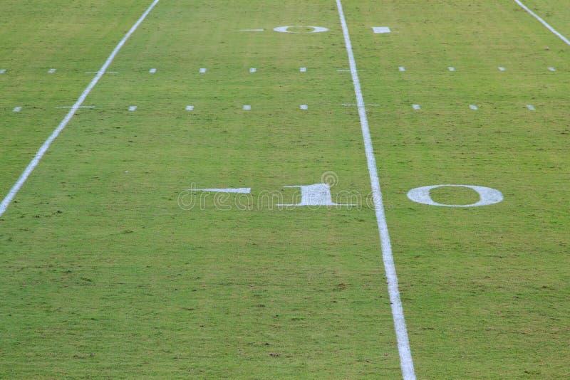 Линия разметки поля американского футбола 10 стоковые фотографии rf