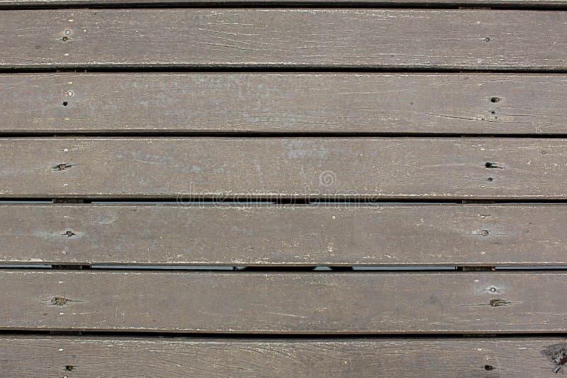 Линия решетины Weatherd деревянная аранжирует предпосылку textrue картины Текстура темной необработанной древесины стоковая фотография