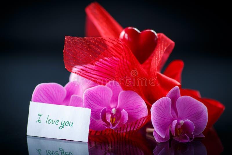 орхидеи с признанием в любви фото основных