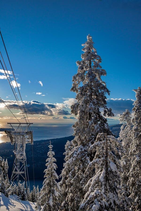 Линия Sky Ride на горе Гузе стоковое фото