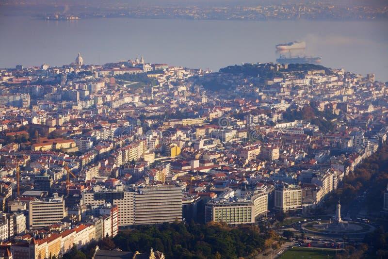 Лиссабон - вид с воздуха города стоковые изображения rf