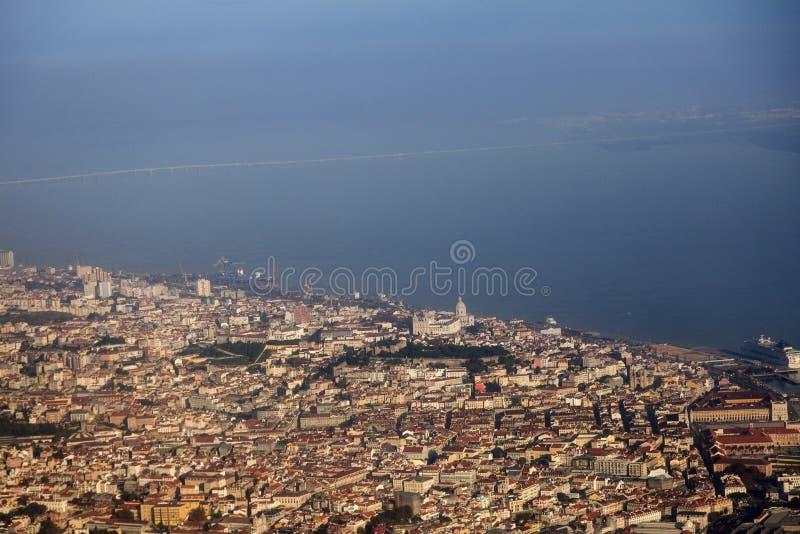 Лиссабон - вид с воздуха города стоковое изображение