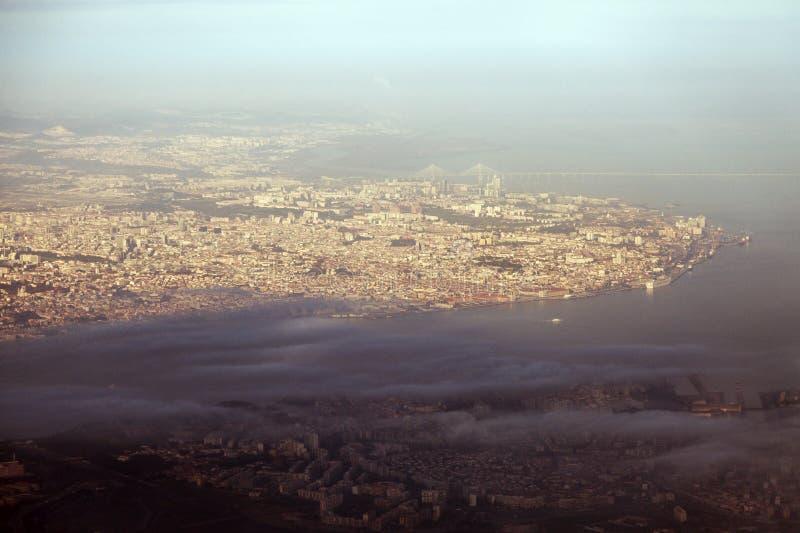Лиссабон - вид с воздуха города стоковые изображения