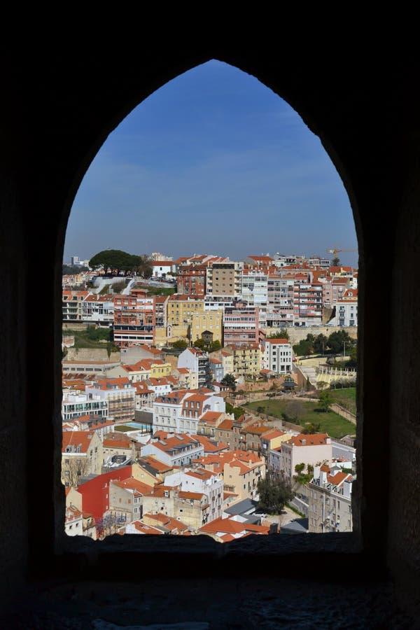 Лиссабон из одного из башен замков стоковые фото