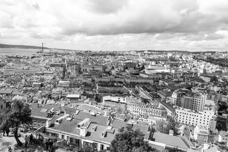 Лиссабон от Castelo de Sao Джордж (Португалия) стоковая фотография