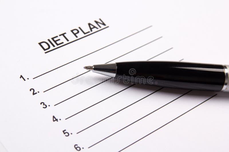 Лист бумаги с планом диеты стоковое изображение rf
