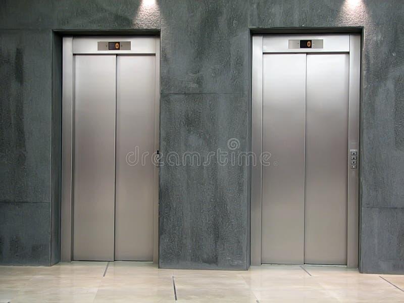 лифт стоковые фотографии rf