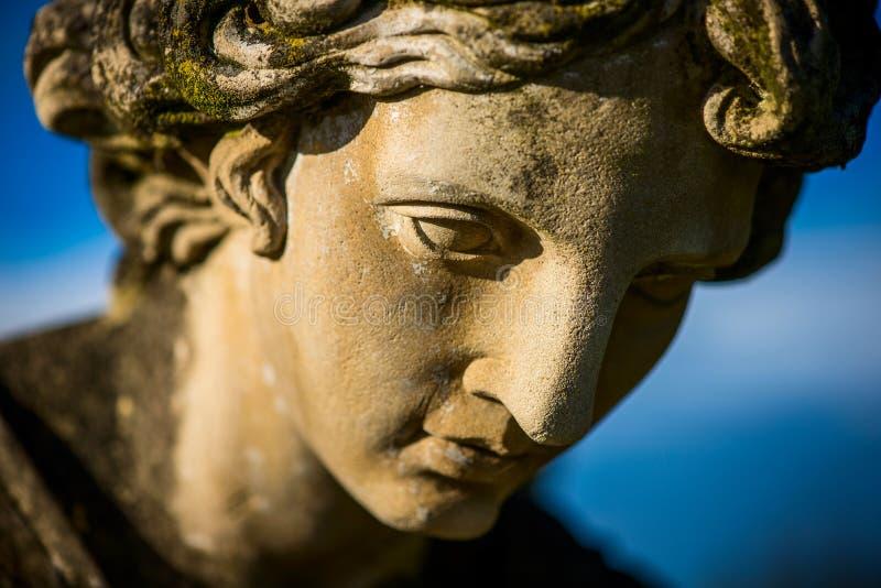 Лицо ангела-хранителя - религии и культуры - намеренно фильтрованный стиль изображения стоковое фото rf
