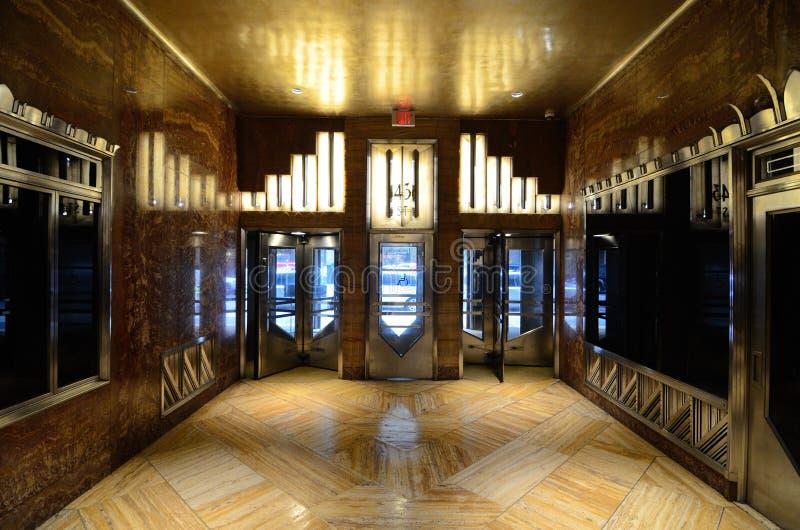 лобби chrysler здания стоковое изображение rf