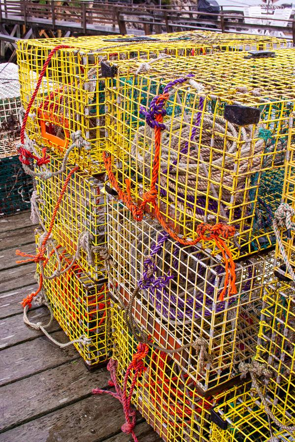 Ловушки омара на доке в Мейне стоковая фотография rf