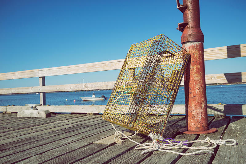 Ловушки омара на пристани рыбной ловли стоковое изображение rf