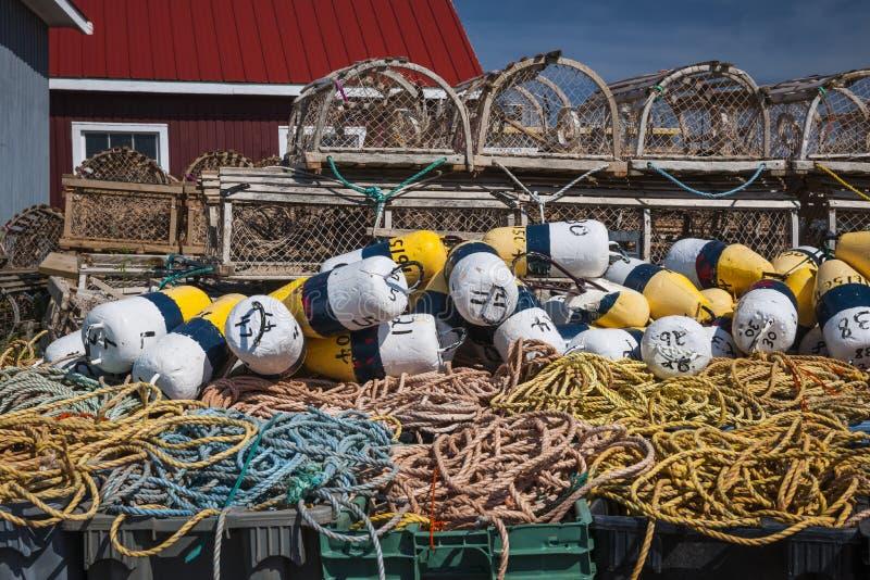 Ловушки, поплавки и веревочка омара стоковая фотография rf