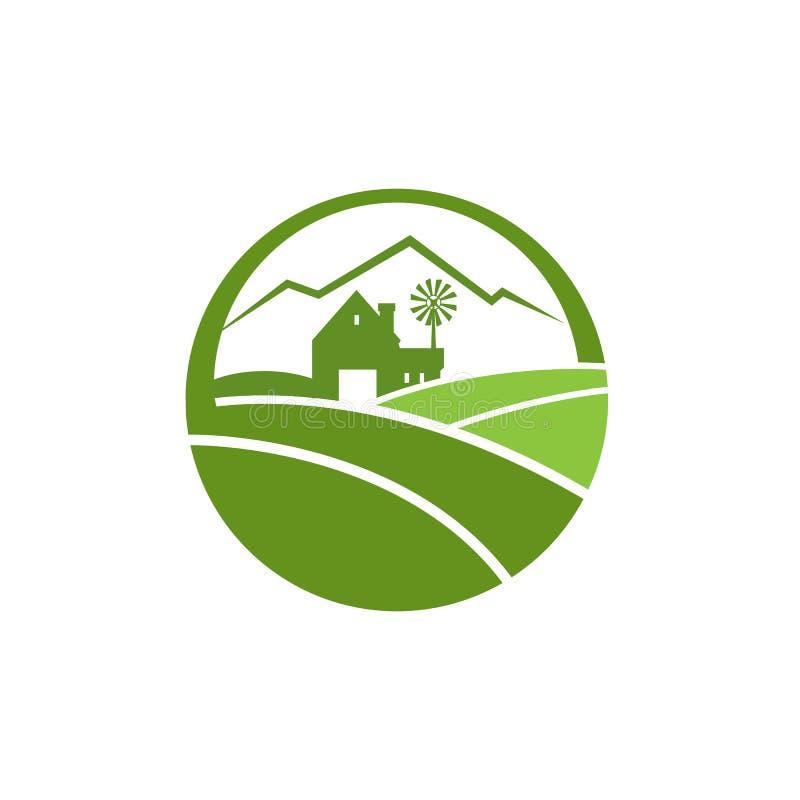 Логотип сельского хозяйства земледелия с домом фермы и гора на предпосылке иллюстрация вектора