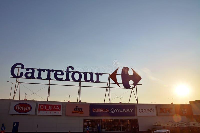 Логотип супермаркета carrefour стоковое изображение rf