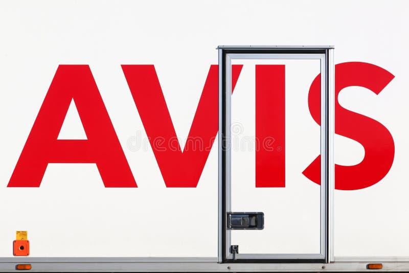 Логотип Avis на тележке стоковые фотографии rf