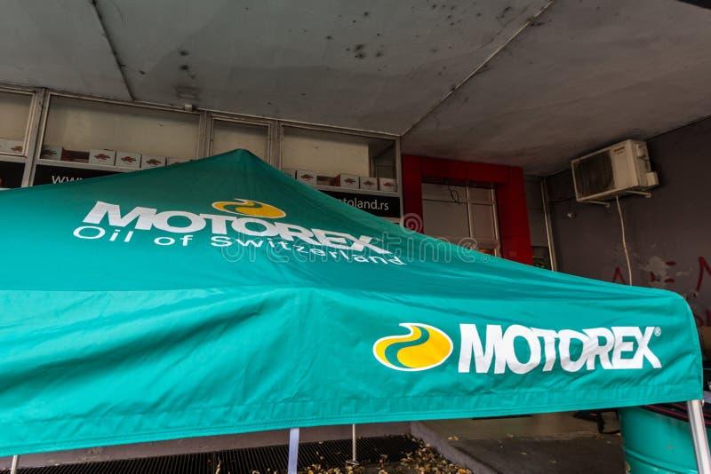 Логотип Motorex на их главном розничном торговце для Белграда Motorex швейцарский бренд мотора и автоматических продуктов масла и стоковые изображения rf