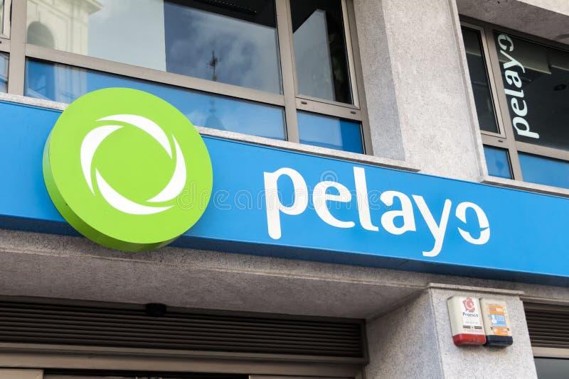 Логотип pelayo на магазине pelayo стоковое изображение rf