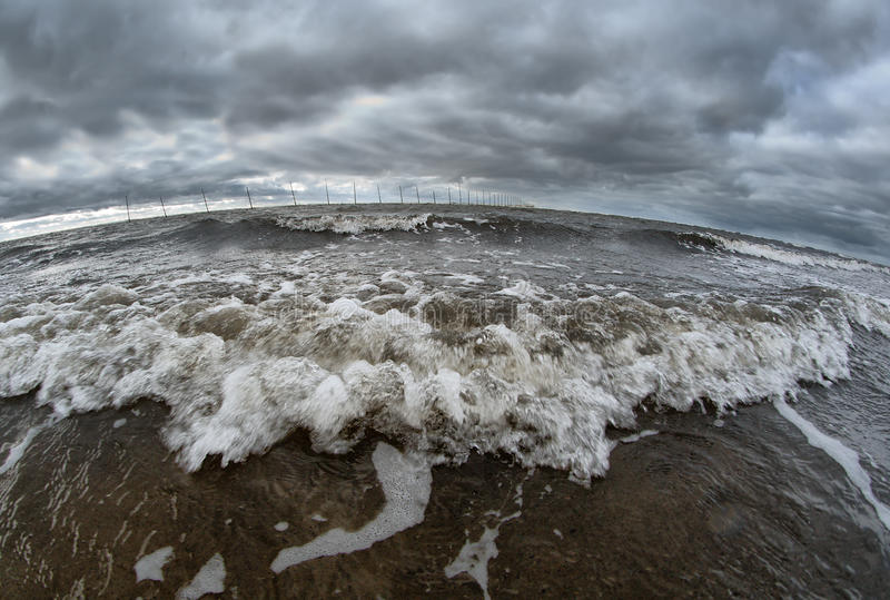 ломать волну берега океана стоковая фотография