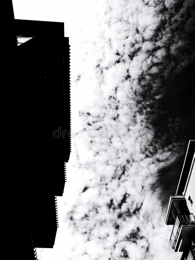 Ломать небеса стоковые изображения rf