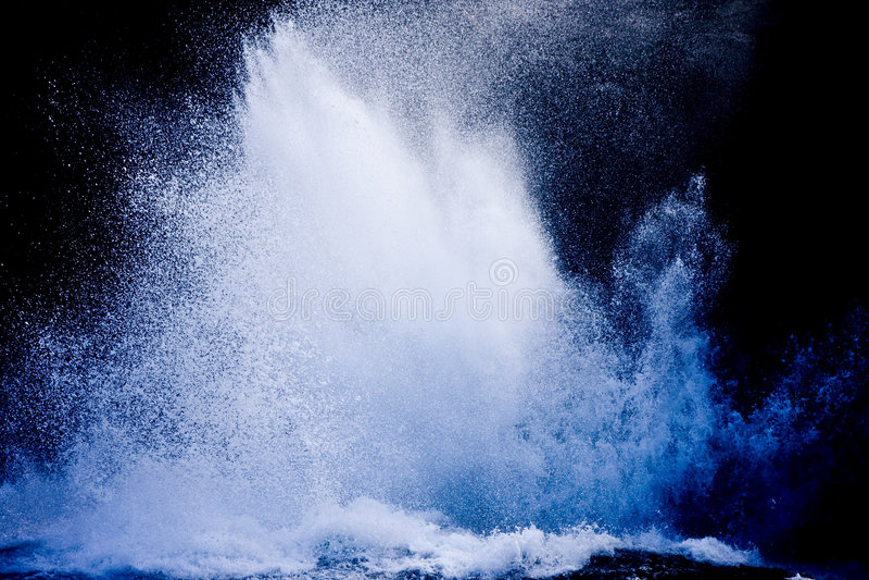 ломая волны стоковая фотография rf