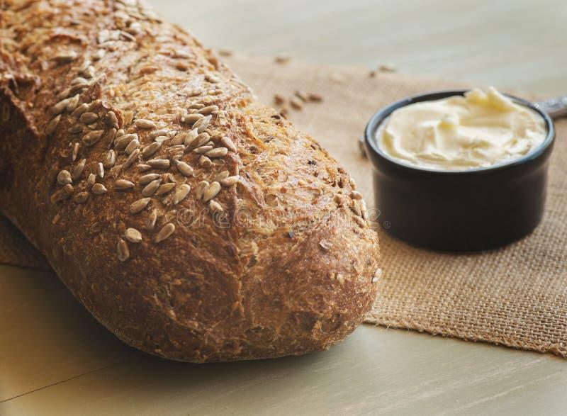 Ломоть хлеба и масло стоковое фото rf