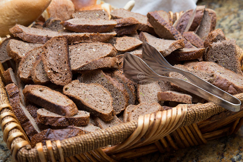Ломтики хлеба рожи стоковые изображения rf