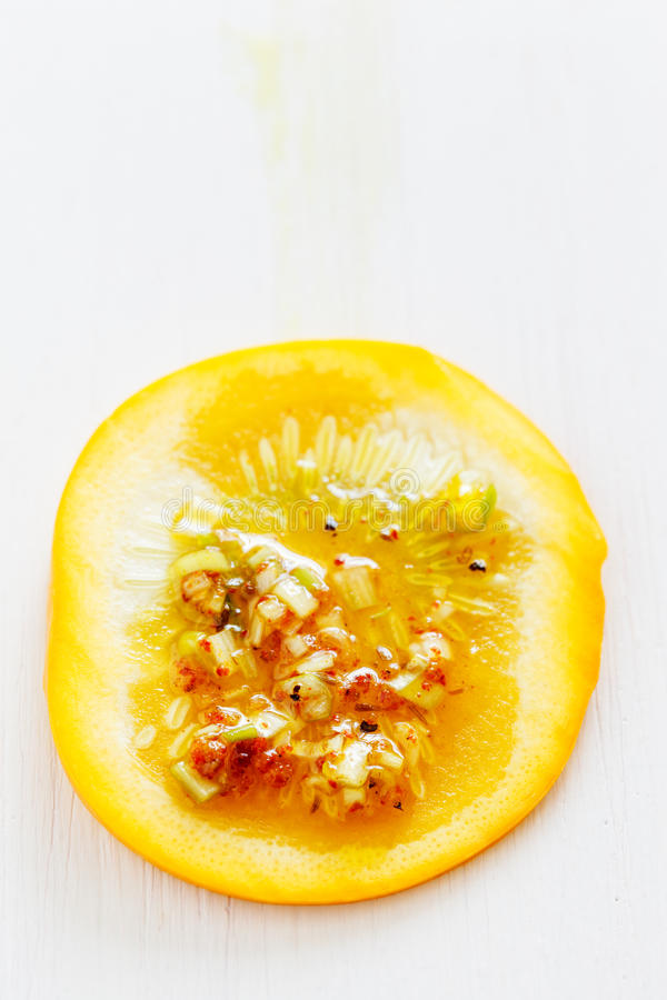 Ломтик Zucchini с chermoula стоковая фотография