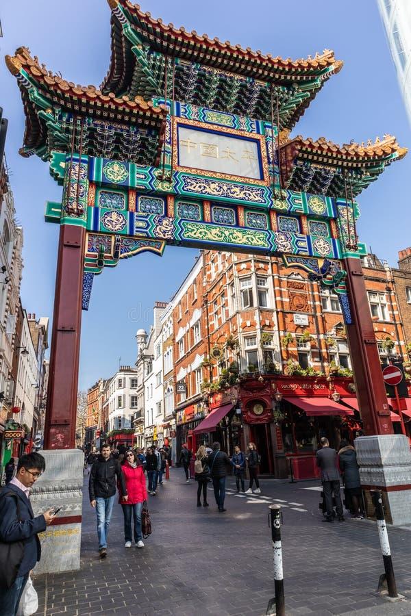 Лондон, Англия - 1-ОЕ АПРЕЛЯ 2019: Район городка Китая Soho, Лондона стоковое фото rf
