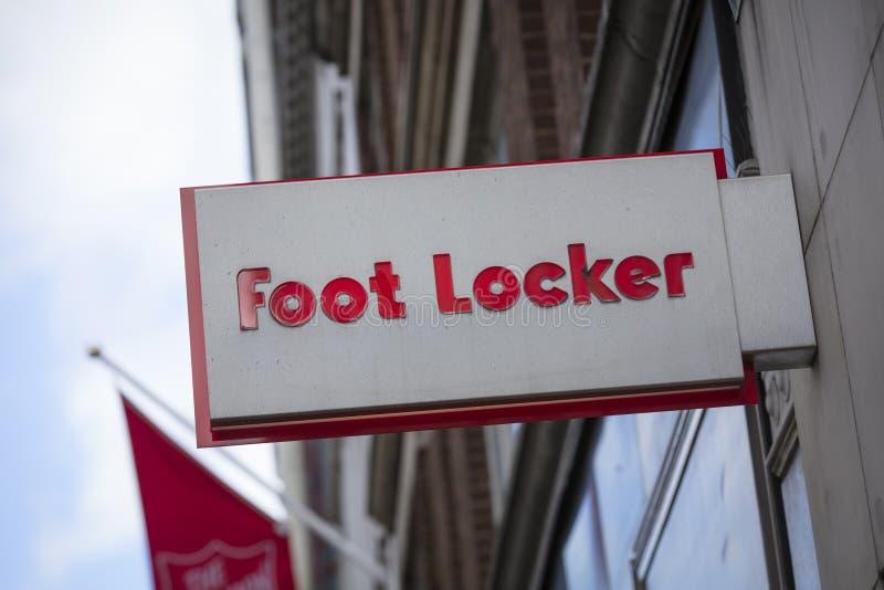 Лондон, Большой Лондон, Великобритания, 7-ое февраля 2018, знак для footlocker стоковые изображения
