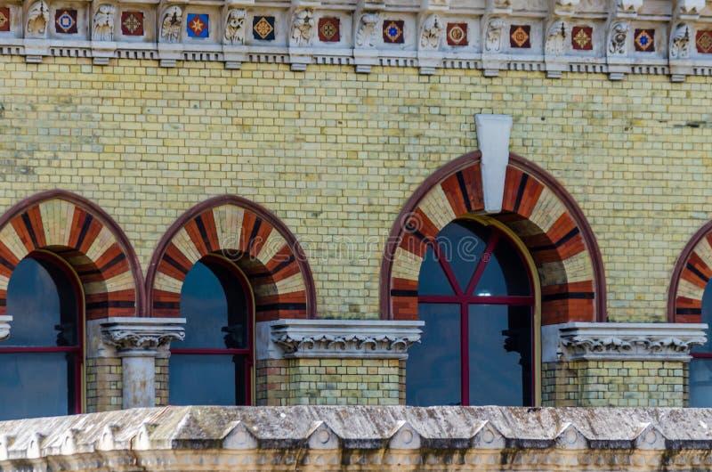ЛОНДОН, Великобритания - насосная установка мельниц аббатства 21-ОЕ МАЯ 2019, викторианский общественный источник воды в Стратфор стоковые изображения rf