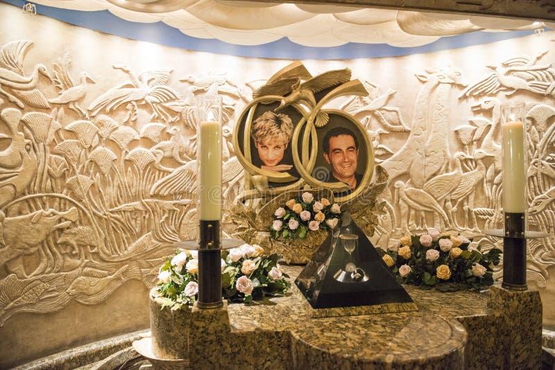 ЛОНДОН, ВЕЛИКОБРИТАНИЯ - 13-ОЕ АВГУСТА: Мемориал делает принцессу Диану и Al f Dodi стоковые фотографии rf