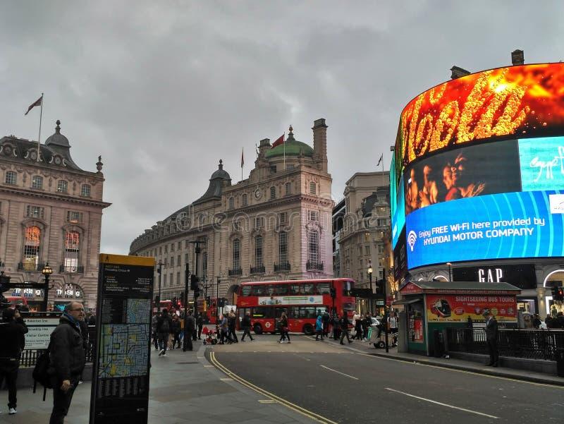 Лондон/Великобритания - 1-ое ноября 2016: Взгляд на цирке Piccadilly стоковые изображения