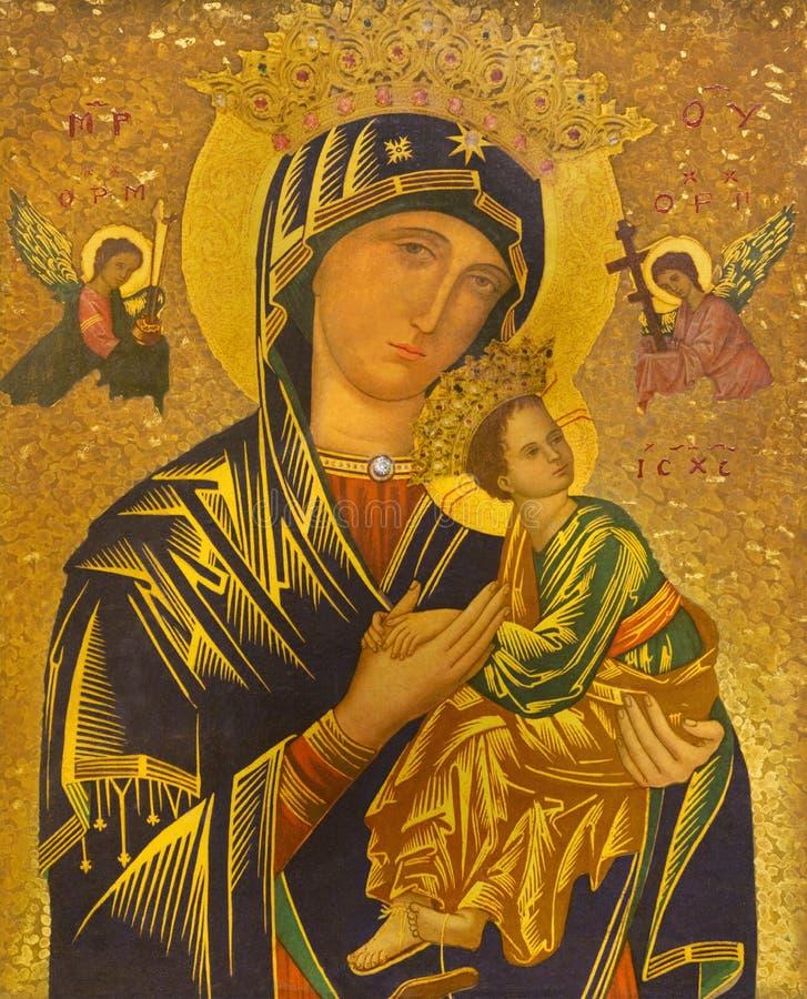 ЛОНДОН, ВЕЛИКОБРИТАНИЯ - 17-ОЕ СЕНТЯБРЯ 2017: Значок Madonna с ребенком в месте испанского языка St James церков стоковое фото rf