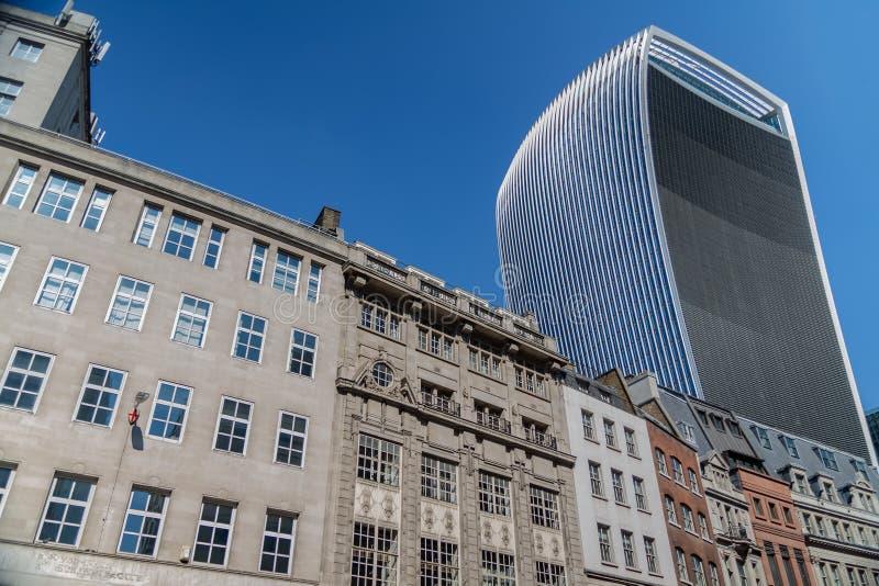 Лондон, Великобритания - 2-ое сентября 2018: Улица 20 Fenchurch aka небоскреб рации в городе Лондона стоковое изображение rf
