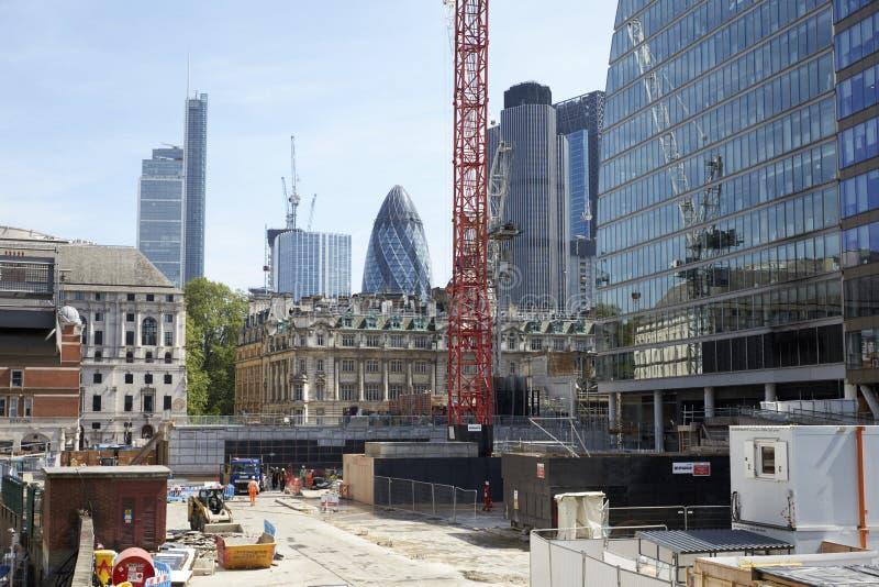 ЛОНДОН - МАЙ 2017: Строительная площадка в сердце города Лондона, Лондона стоковое изображение