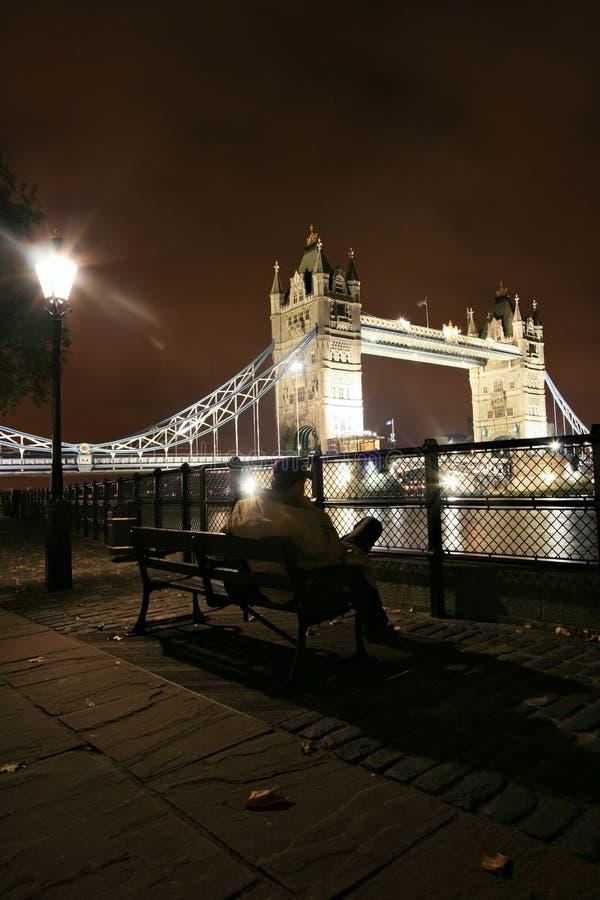 Лондон на ноче стоковые фотографии rf