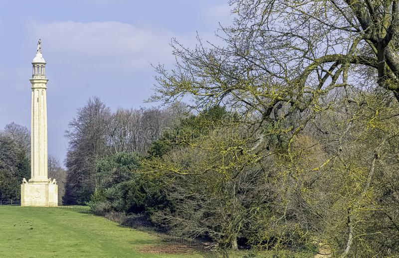 Лорд Cobham's Штендер на Grecian долине в Stowe, Buckinghamshire, Великобритании стоковое изображение rf
