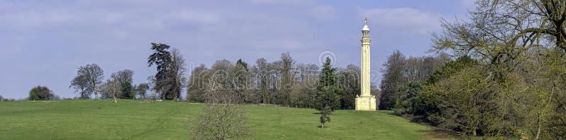 Лорд Cobham's Штендер на Grecian долине в Stowe, Buckinghamshire, Великобритании стоковое фото rf