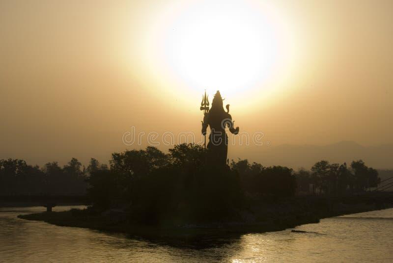 Лорд Shiva Восход солнца, Haridwar, Индия стоковые изображения