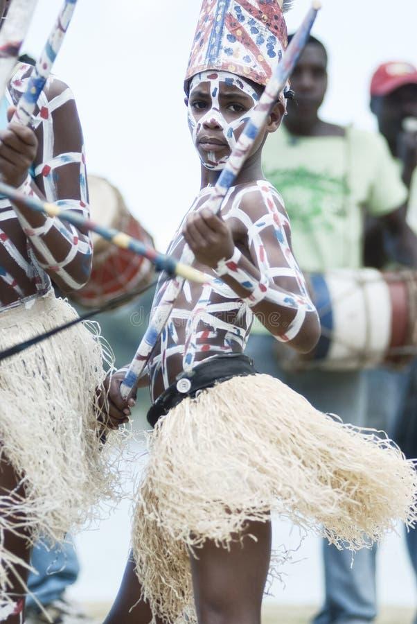 Лос Tainos, re-введение в силу первоначально рабов африканца которые были принесены к Доминиканской Республике и стали частью Dom стоковое фото