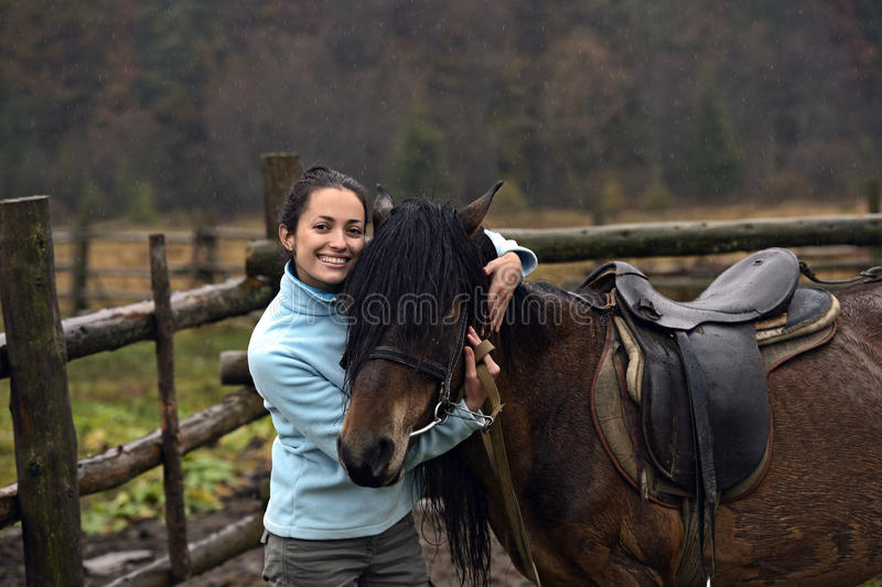 Download Лошадь стоковое фото. изображение насчитывающей riding - 40579344