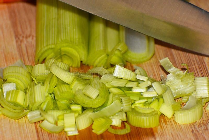 Лук-порей креветок готовый для варить стоковая фотография rf